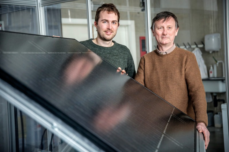 Johan Martens and his team developed a panel that converts sunlight and water va